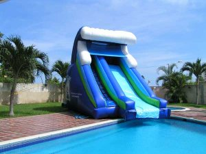 Alquiler de colch n inflable para piscina orinoco for Inflables para piscina